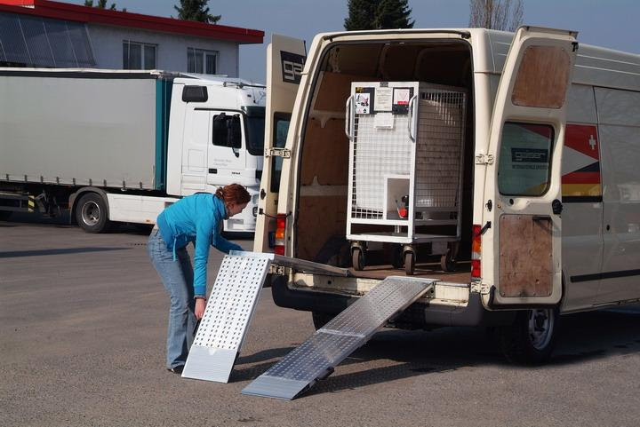 Small folding two-piece van ramp